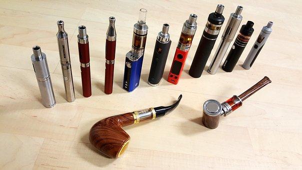 E-cigaret eller e-pibe – hvad skal du vælge?
