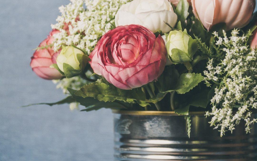 Oplev et farvestrålende blomsterhav på din rejse
