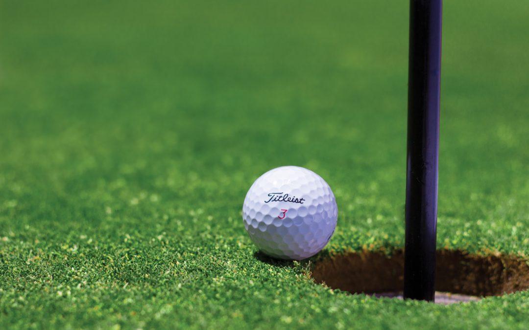 Tag på en af de mange studievenlige rejser og få spillet en masse golf